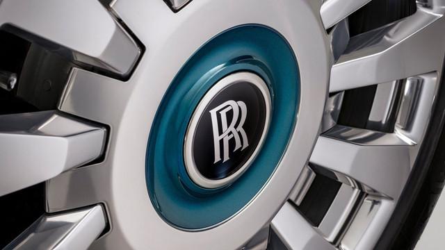 2017 - [Rolls Royce] Phantom - Page 5 05-C751-CF-3733-4835-BD37-DA42-CBD24-C7-F