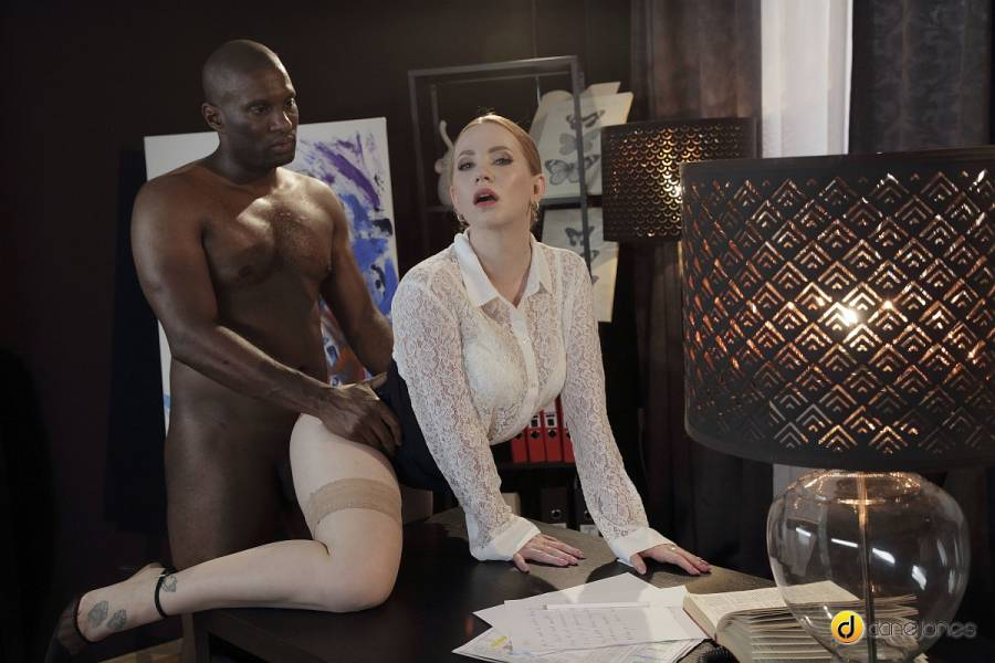 Kiara Lord, Yves Morgan – Redhead Doctor Seduces Her Patient – Dane Jones – SexyHub