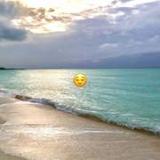 shania-instagramstories-bahamas020920