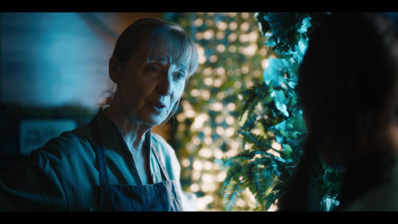 Utopia Falls Season 1 Screen Shot 2
