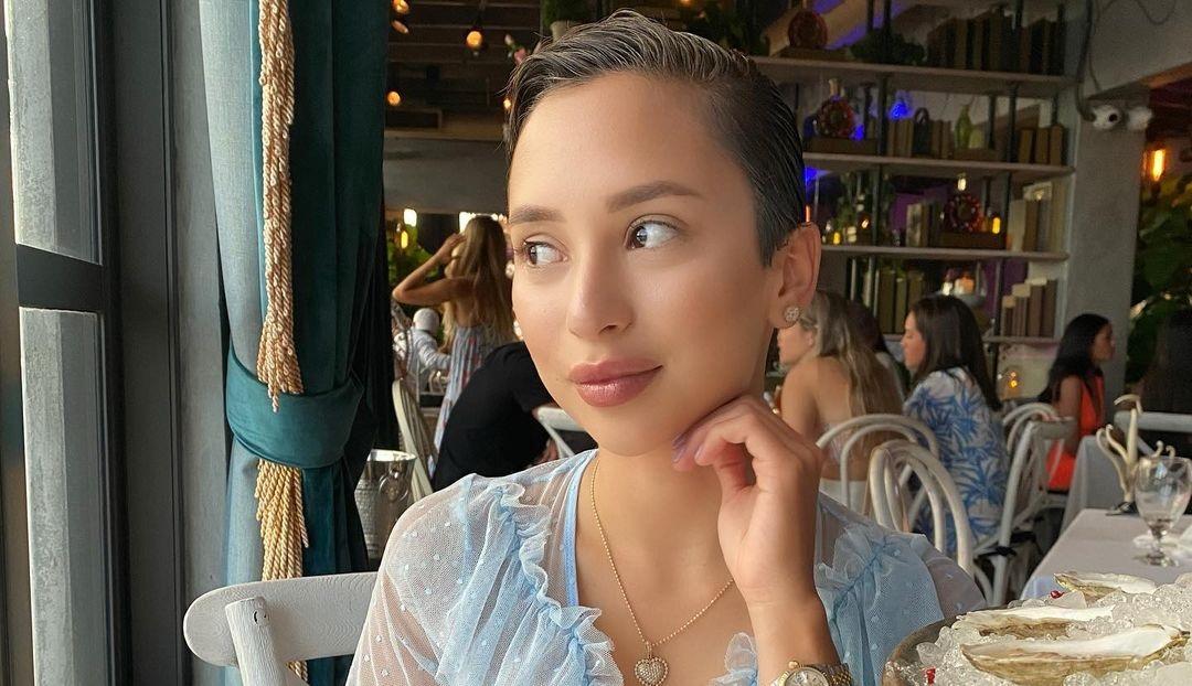 Veronica-Victoria-Perasso-Wallpapers-Insta-Fit-Bio-4