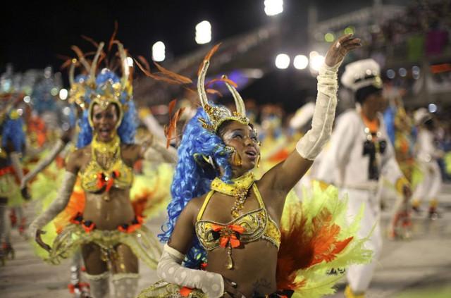 Brazil-Carnival-17