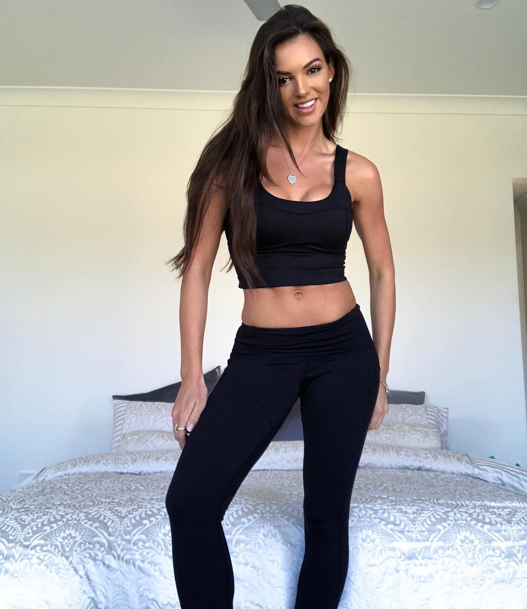 Amanda-Blanks-Wallpapers-Insta-Fit-Girls-6