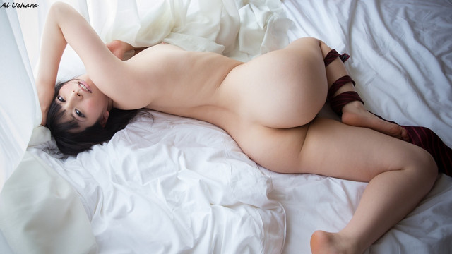 Uehara Ai 上原亜衣