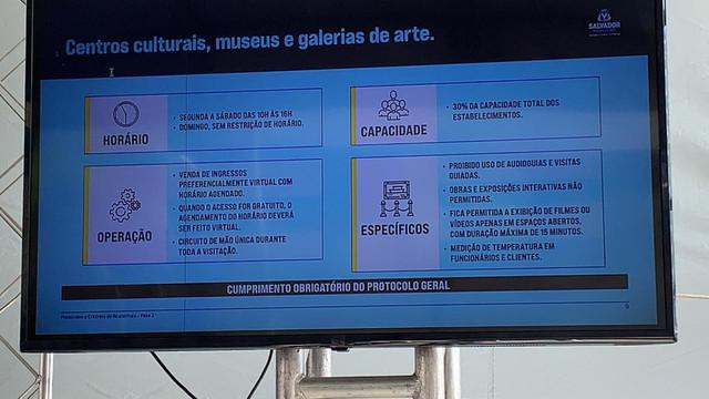 Centros-e-museus
