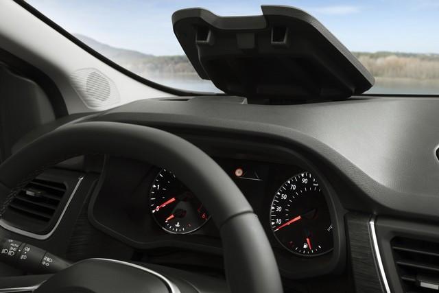 Le Nissan NV300 Combi Fait Peau Neuve New-NV300-Combi-Storage-4-1200x800