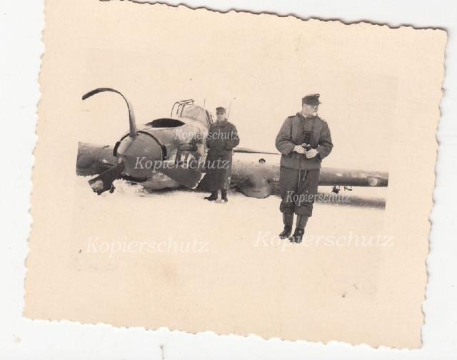 Pleskau-Pskow-russ-Flugzeug1
