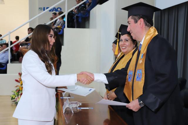 Graduacio-n-Medicina-136