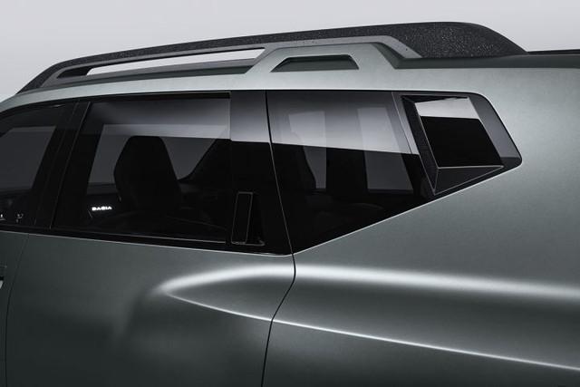 2021 - [Dacia] Concept Renaulution  AB060-B89-11-A8-42-A0-9-D24-5-B991-B0-C7-D2-E