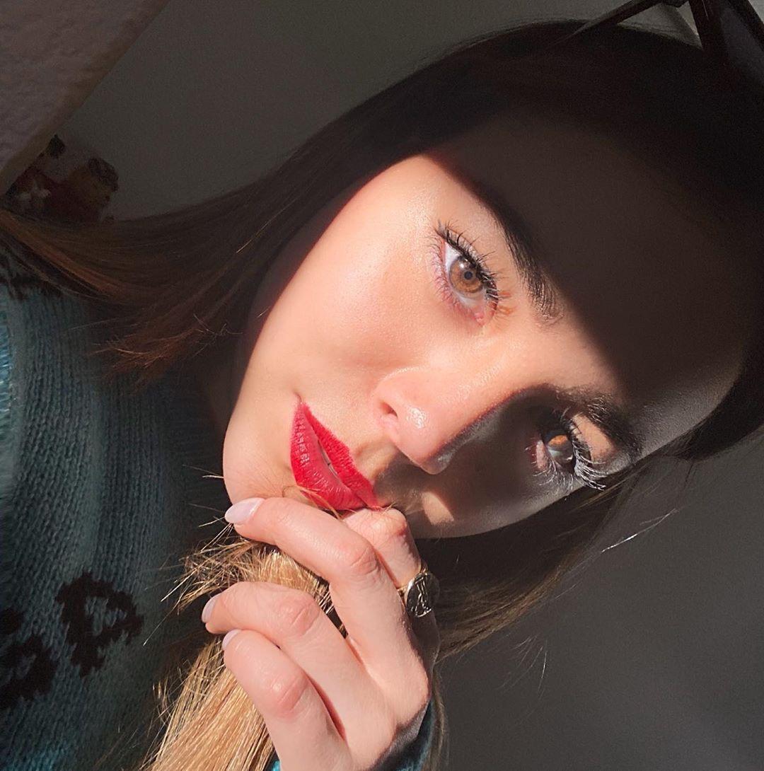 Danna-Paola-Wallpapers-Insta-Fit-Bio-8