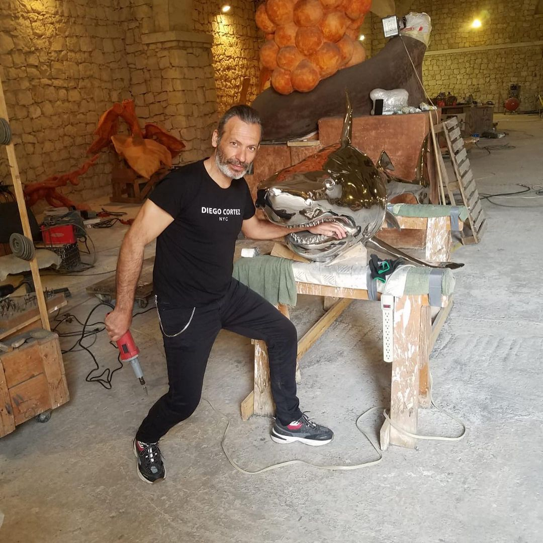 Diego Cortez, l'uovo-pigna per Papa Francesco