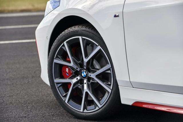 2018 - [BMW] Série 1 III [F40-F41] - Page 31 A2565-E3-A-7176-4318-8-F26-7-E3-B1-C8835-C8