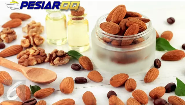 Kacang Almond Camilan Sehat yang Bikin Wanita Langsing