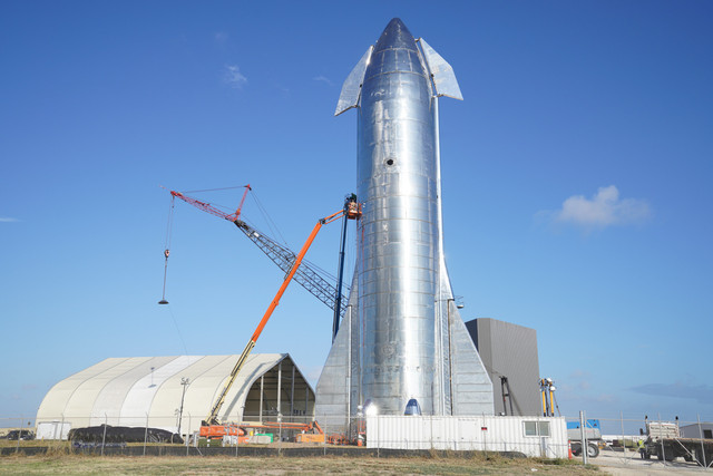 Space-X-Starship-Mk1-17-large