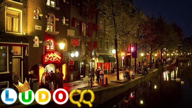 Banyak Turis Usil Destinasi Seks di Amsterdam Akan Pindah