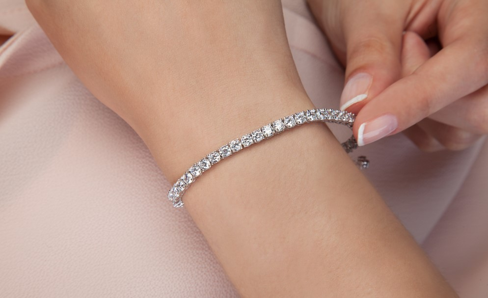 How Much Does a Real Tennis Bracelet Cost?