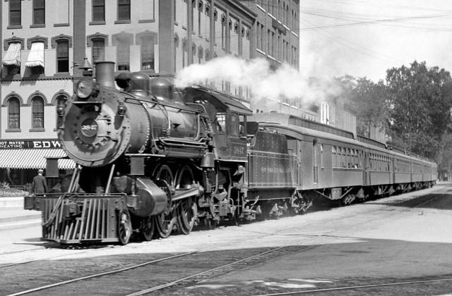 americka-parni-lokomotiva-foto-740x486