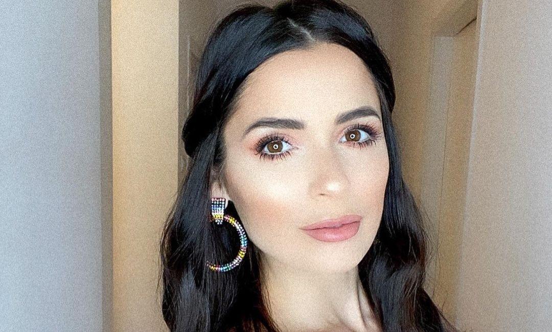 Alessia-Macari-Wallpapers-Insta-Fit-Bio-8