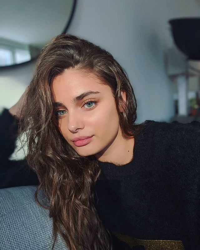 Photo-by-Taylor-Hill-on-November-1