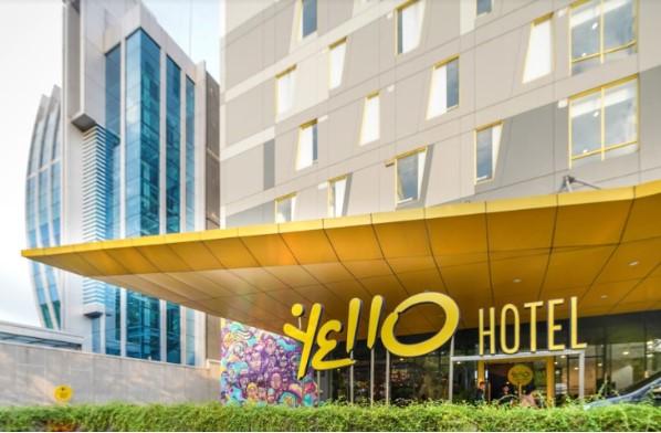 midscale-hotel
