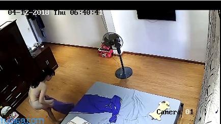 Clip: Hacker Camera Cô giáo mông to thay đồ !!!