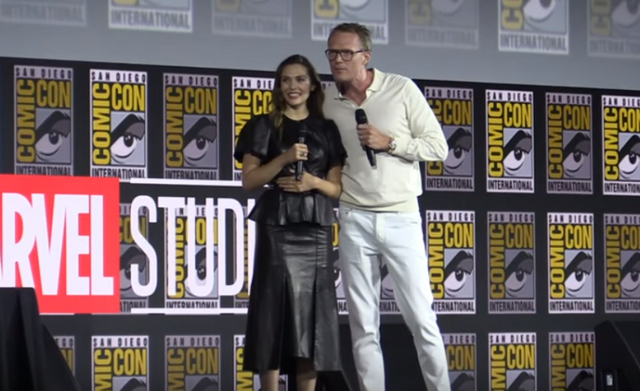 Elizabeth-Olsen-and-Paul-Bettany-770x470