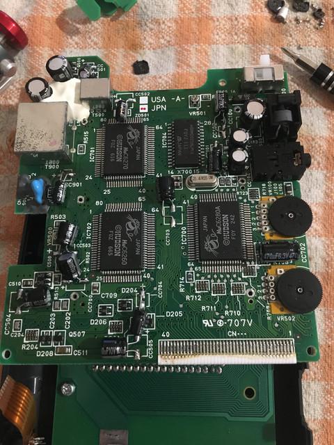 Les chroniques d'un réparateur amateur (éclairé :D) CBFD4545-EB6-F-4602-834-D-FF40-B4016-B4-A