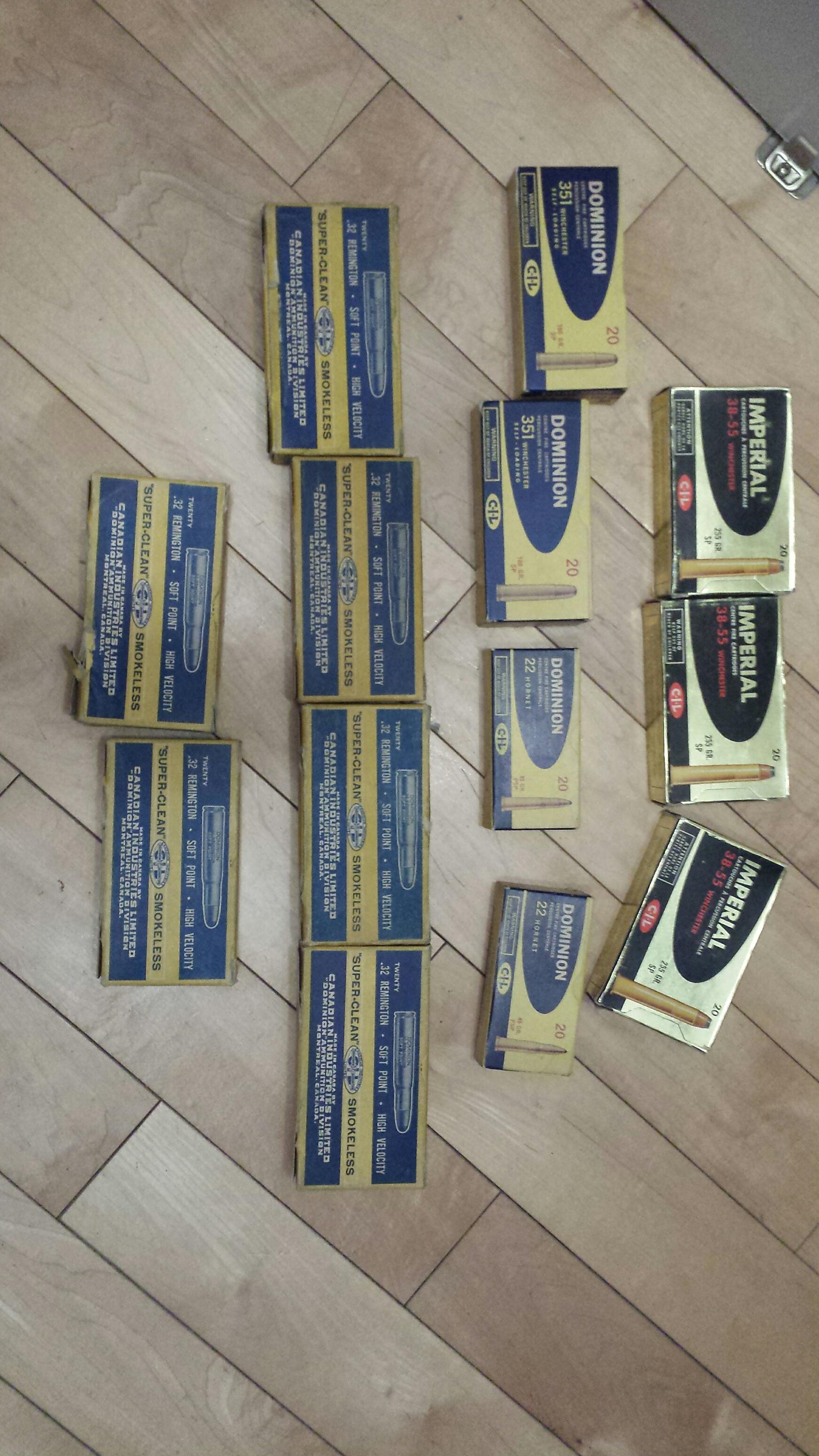 Trouvé une centaine de boites vintages de balles 20190115-203842-resized