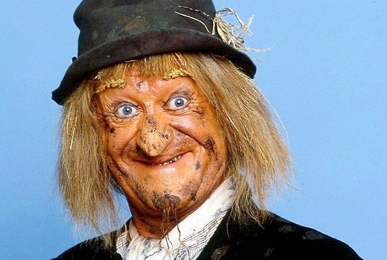 Screenshot-2020-04-23-Peter-Jackson-Did-The-Special-Effects-And-19-Other-Facts-About-Worzel-Gummidge