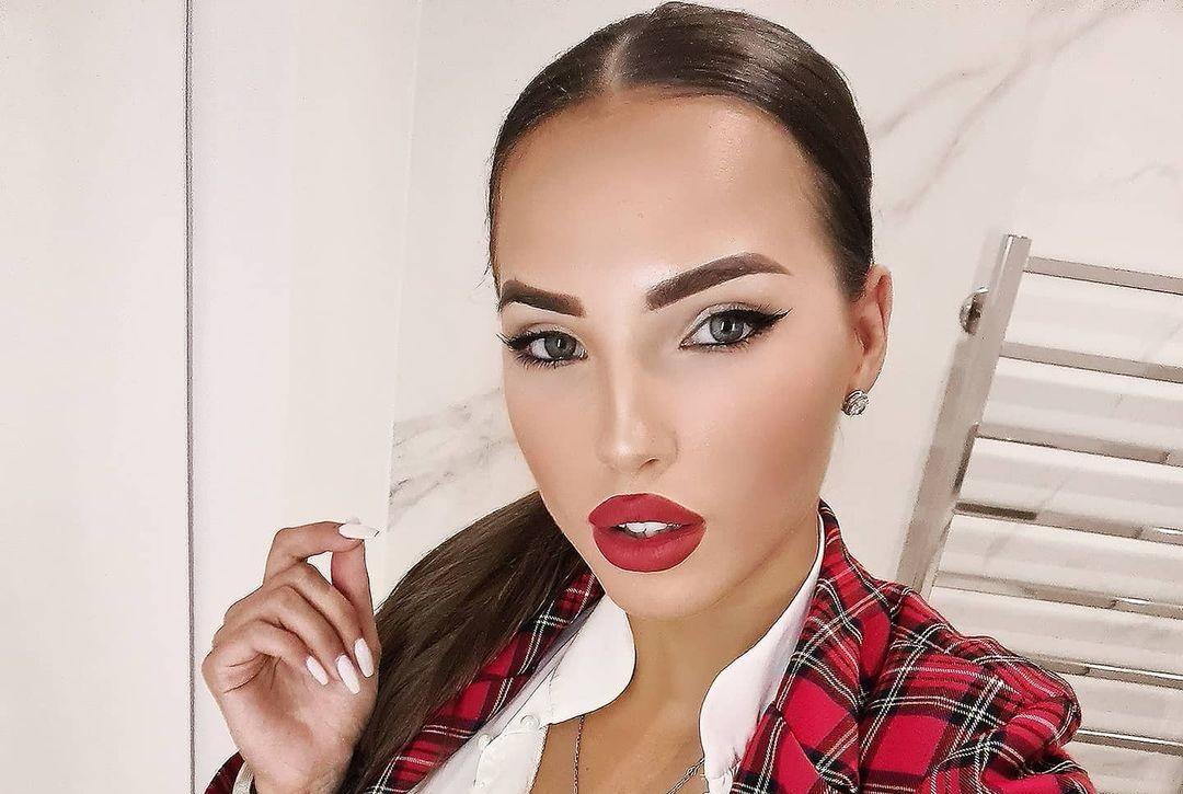 Elizaveta-Berejnaya-Wallpapers-Insta-Fit-Bio-Miss-elizabeth-sol-Wallpapers-Insta-Fit-Bio-25