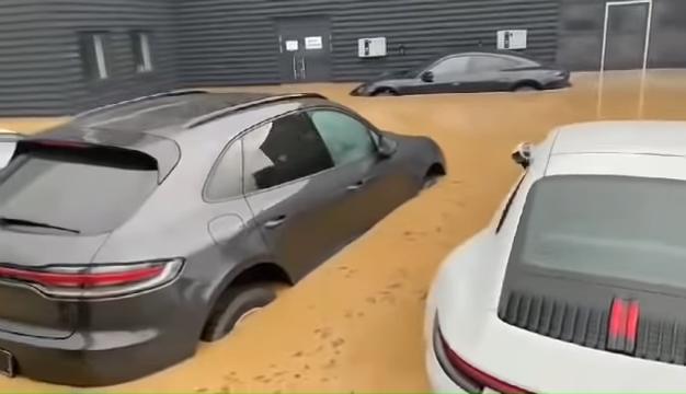 Brand-New-Porsches-Under-Water-In-German-Dealership-After-Disastrous-Rains-0-57-screenshot
