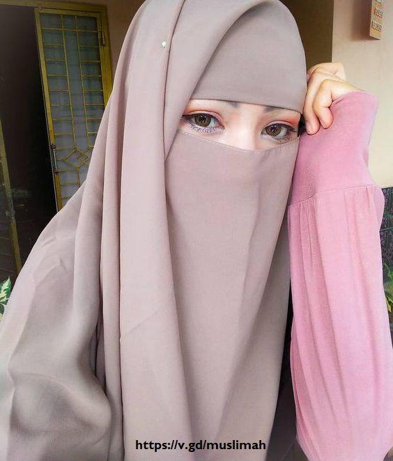 https://i.ibb.co/sK8G2Yx/Foto-gaya-selfie-gadis-muslimah-hijaber-niqab.jpg