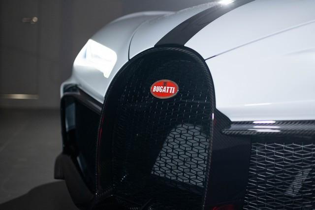 Bugatti Chiron Pur Sport – La livraison aux clients commence  03-pur-sport-deliveries