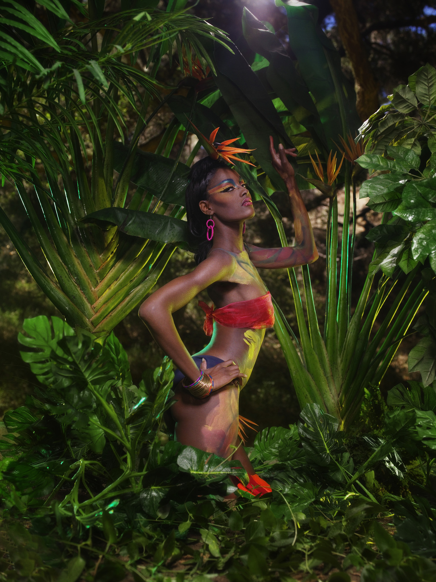 The-Girl-Who-Goes-Bald-The-girls-participate-in-a-runway-challenge-and-pose-off-in-a-jungle-photo-sh.jpg