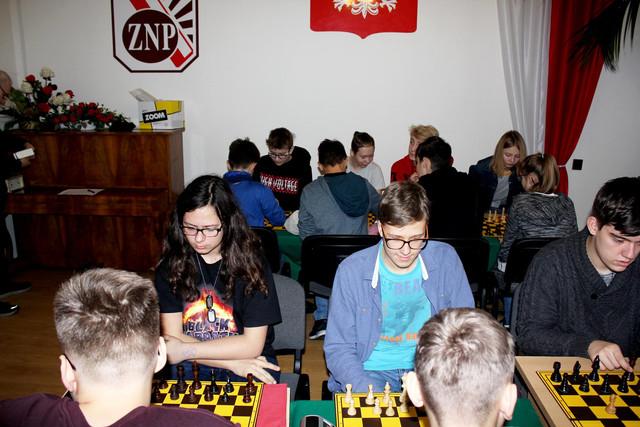 https://i.ibb.co/sPjHk0L/Turniej-Szachowy-1.jpg