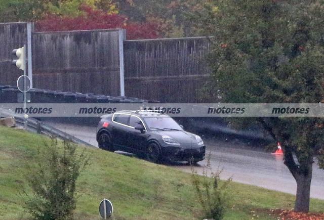2022 - [Porsche] Macan - Page 2 Porsche-macan-electrico-fotos-espia-2022-202071988-1603104866-1