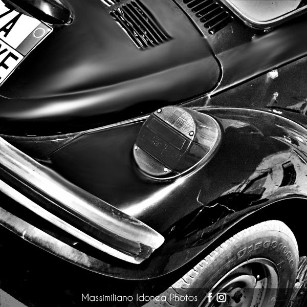 avvistamenti auto storiche - Pagina 38 Volkswagen-Maggiolone-1-3-44cv-73-ZA661-YE-4