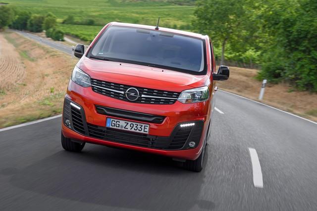 De l'électricité dans l'air : l'Opel Zafira-e Life tout électrique en vente à partir de 51 500 euros bonus environnemental déduit Opel-Zafira-e-512822