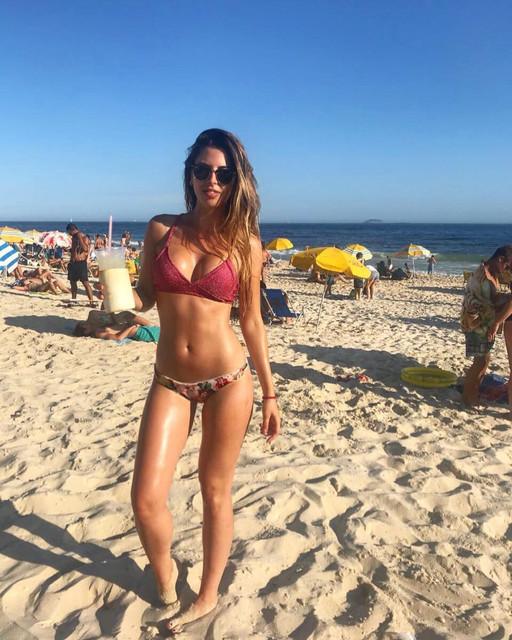 Playa-ven-a-mi-brasil-riodejaneiro-leblon-sol-playa-arena-caipirinha-voltar