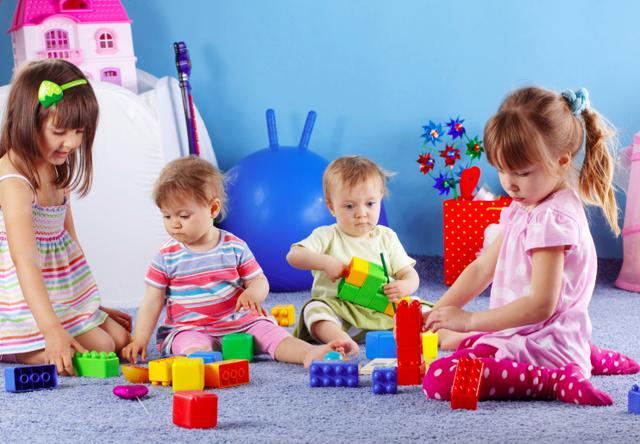 Нужен ли ребенку детский садик
