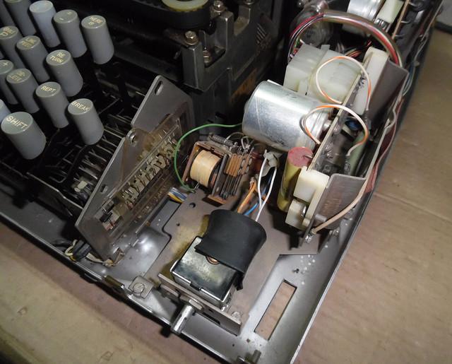 teletype-asr-33-22.jpg