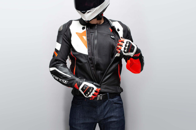 Dainese-Smart-Jacket-airbag-09.jpg