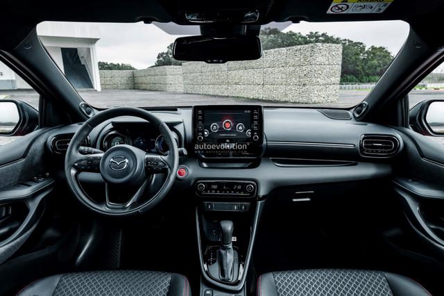 2022 - [Mazda] 2  - Page 2 C80-C2-E2-B-4-C07-40-C2-B940-12-B631-A7026-D