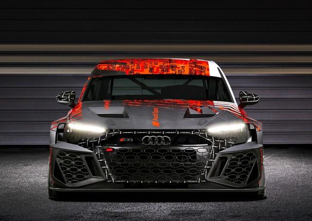 Première mondiale de la nouvelle Audi RS 3 LMS A210682-medium