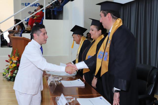 Graduacio-n-Medicina-118