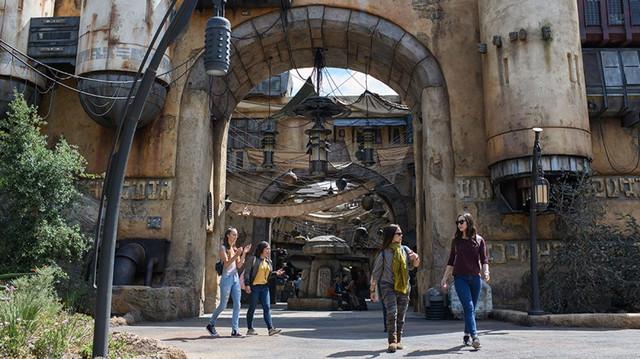 [Disneyland Park] Star Wars: Galaxy's Edge (31 mai 2019) XXX63