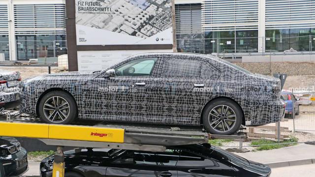 2022 - [BMW] série 7  - Page 2 4-F1-AABB6-6-DC3-4-A2-A-9-F0-D-43-B23-DDEEE79