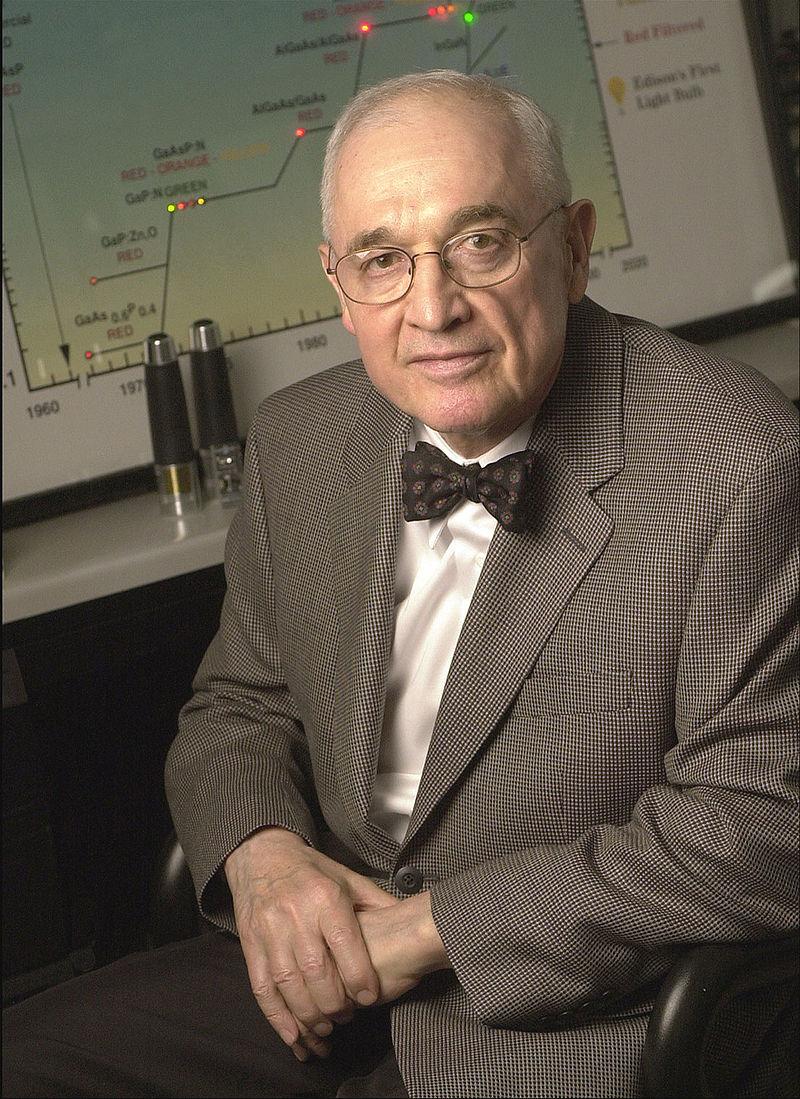 Why Nick Holonyak didn't patent led bulb