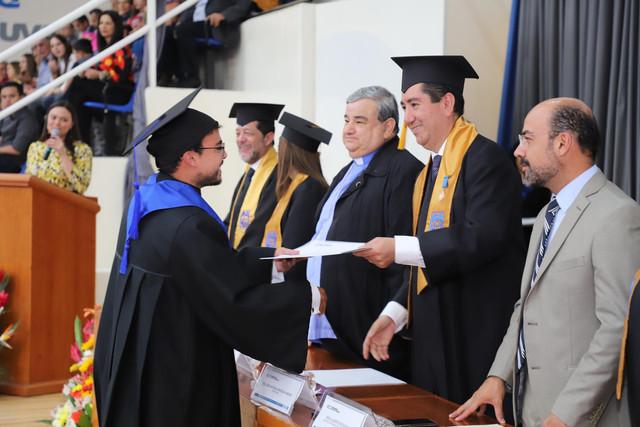 Graduacio-n-santa-mari-a-140