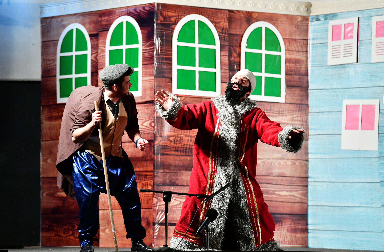 03-02-2020-kavuklu-ile-pisekar-tiyatro-5